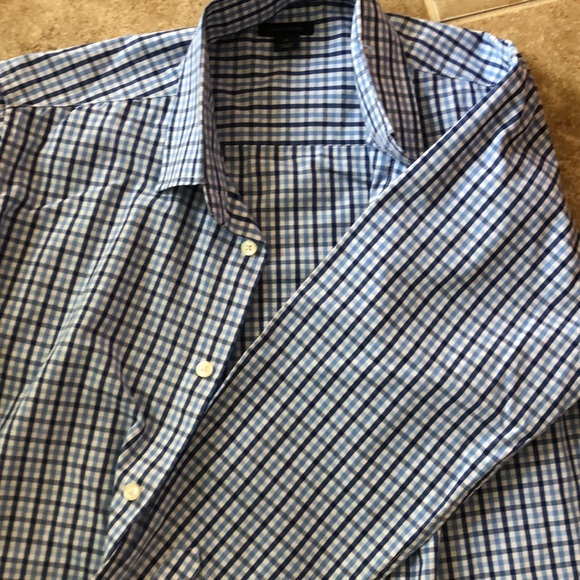 Tommy Hilfiger Other - Boys button down dress shirt size 16